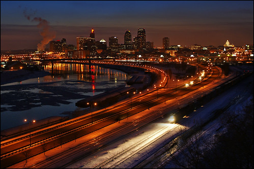 city winter light sunset snow ice minnesota skyline night train river mississippi evening frozen downtown metro tracks stpaul capitol twincities saintpaul overlook mn daytonsbluff moundspark indianmoundspark frozemyarseofftakingthisshot