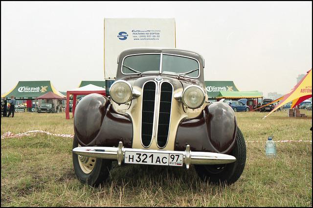 BMW 321