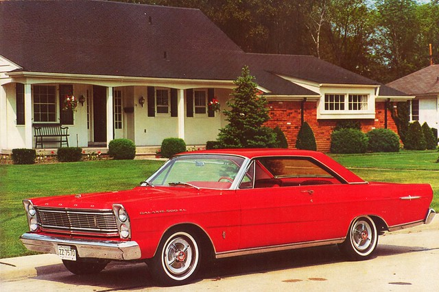 1965 Ford Galaxie 500 XL Hardtop Postcard (Japan)