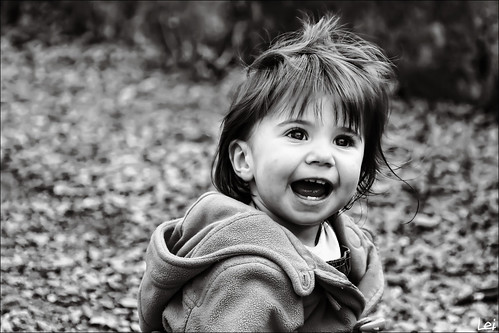 portrait canada cute smile newbrunswick 7d moment 2009 saintjohn sjphoto nbphoto happniess bmca canonblackwhite