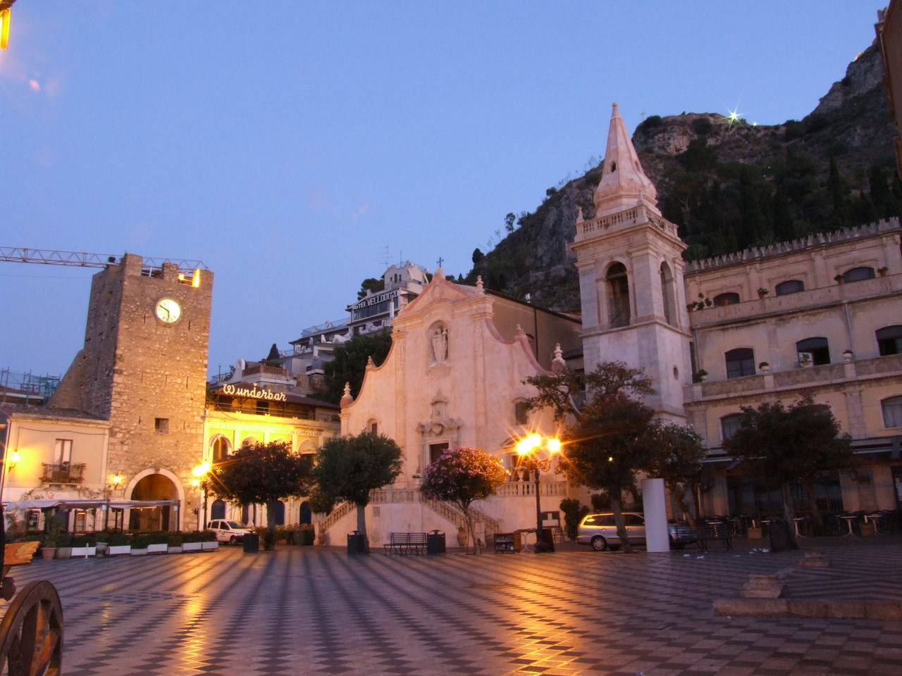 Taormina province of messina italy sunrise sunset times for Taormina sicilia