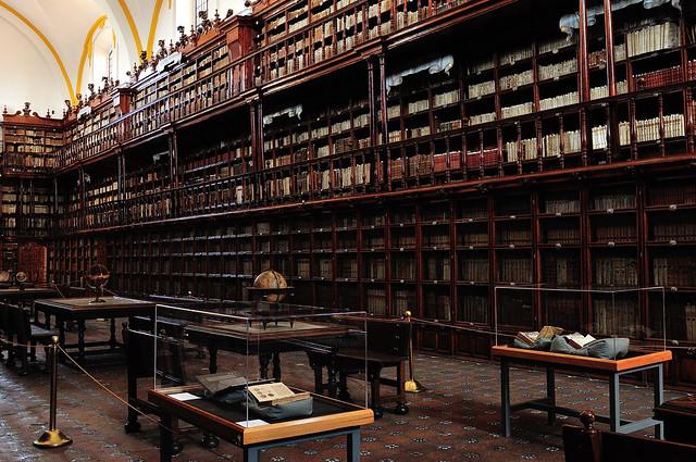 La bibliothèque Palafoxiana, Puebla, Mexico