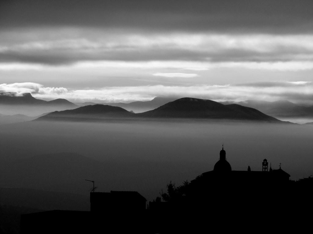 Islas en la niebla/Islands in the fog