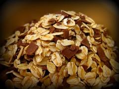 breakfast(0.0), whole grain(0.0), snack food(0.0), breakfast cereal(1.0), meal(1.0), produce(1.0), granola(1.0), food(1.0), dish(1.0), muesli(1.0), cuisine(1.0),