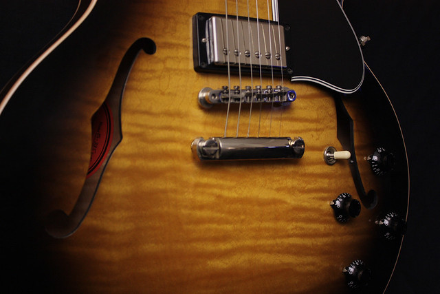 Photo:Gibson 335 Flame By John W. Tuggle