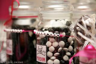 Halloween table - Candy jars