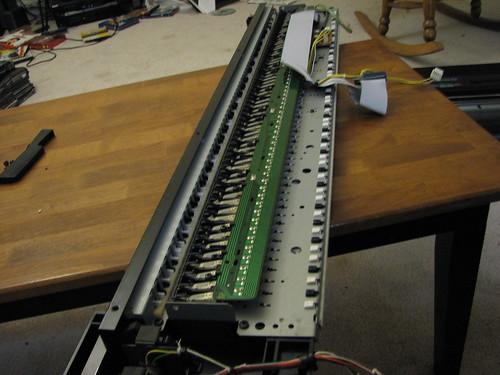 10 08 adventures yamaha dx 7 key repair part 2 for How to repair yamaha keyboard