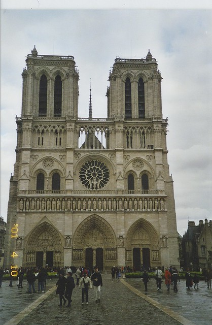2001-04-10 Paris France sites of the city (4)