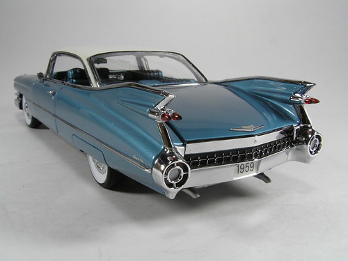 1959 Cadillac Coupe De Ville rear left