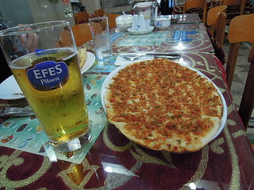 lahmacun and beer