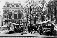 Vrijdagse boekenmarkt.