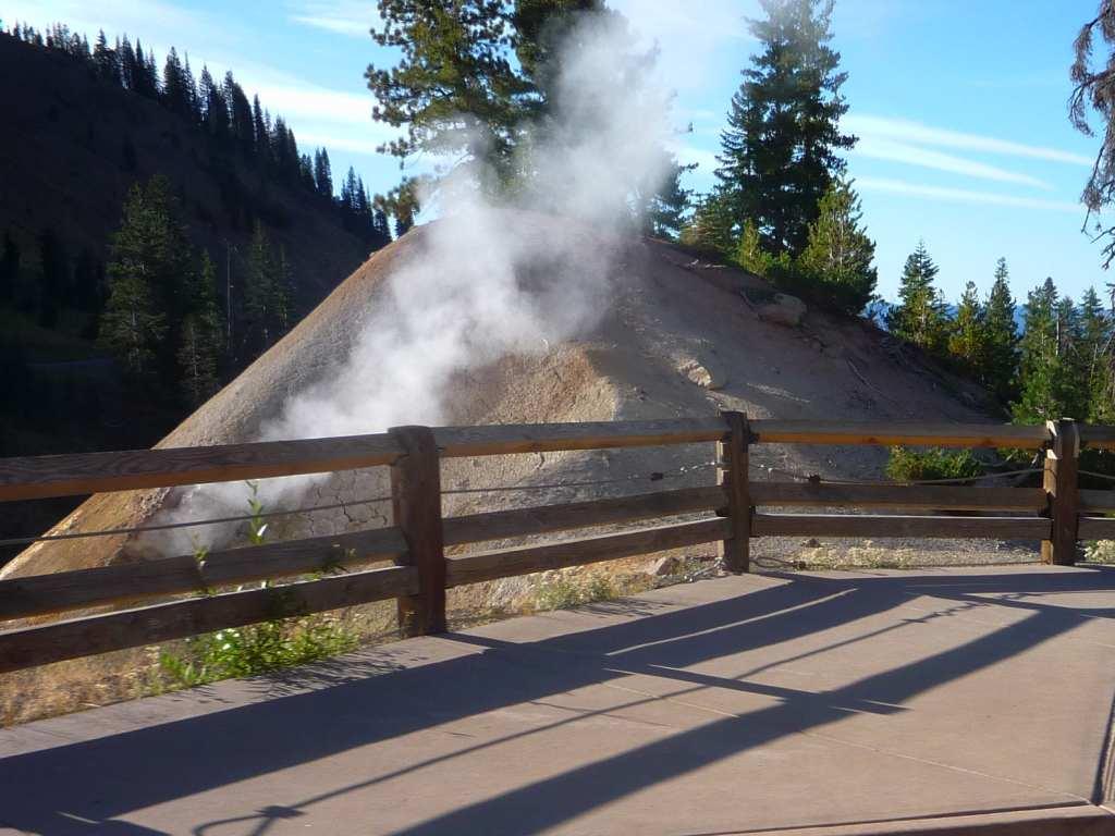 Manzanita lake campground lassen volcanic national park ca for Lassen volcanic national park cabins