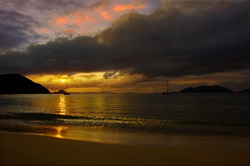 travel sunset sea sun beach water silhouette landscape island bay boat mar nikon yacht dusk gimp transportation caribbean tortola contrejour jostvandyke bvi britishvirginislands canegardenbay westindies ufraw intothelight d40 flickraward nikonflickraward flickraward5