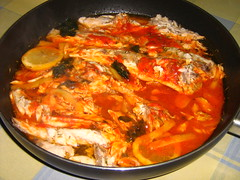 pickled foods(0.0), fish(0.0), side dish(0.0), kimchi jjigae(0.0), dak galbi(0.0), curry(1.0), jjigae(1.0), asam pedas(1.0), food(1.0), dish(1.0), cuisine(1.0),