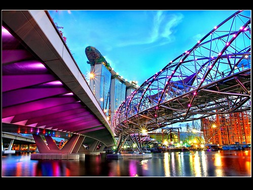 Singapore DOUBLE Helix Bridge::