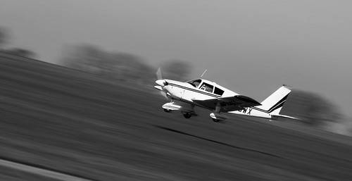 alex field speed plane canon lens eos movement northampton dynamic angle zoom action northamptonshire aeroplane landing telephoto 70300mm panning angular airfield aerodrome 6d f456 sywell alexandrou rapidrat