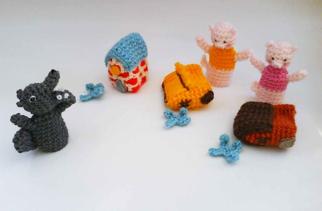 Three Little Pigs Fairy Tale Finger Puppets Amigurumi ...