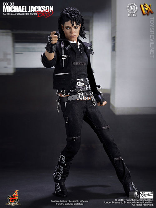 1 6 michael jackson bad version by hot toys for Three jackson toy
