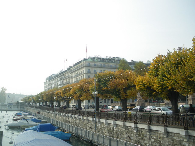 Lake Geneva Hotels With Outdoor Pools