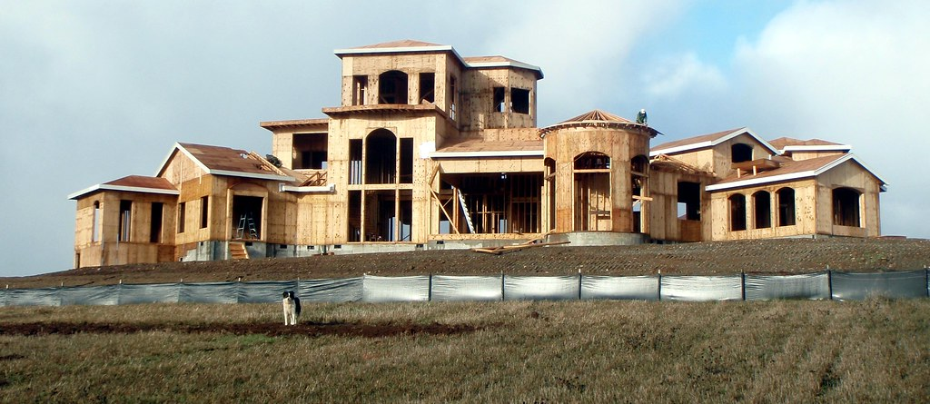 Big house for 8000 square foot building