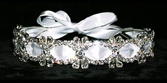 THIS IS A HEADBAND FOR A BRIDE, BRIDESMAID, BALL OR DEBS, THE RIBBON CAN BE CHANGED TO THE COLOUR THAT SUITS €45.00