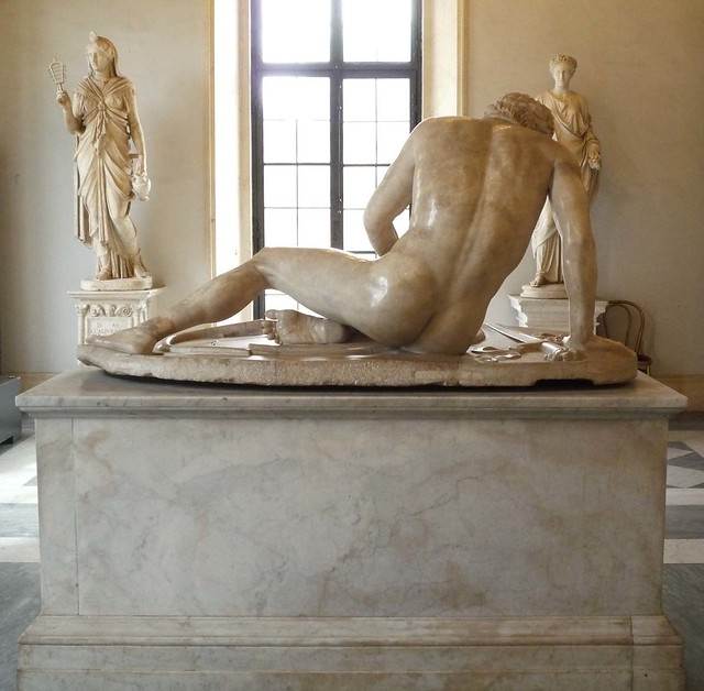 Dying Gaul, back