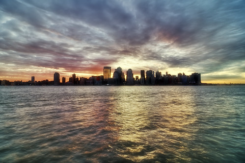 cloud skyline sunrise geotagged dawn cityscape hudsonriver wtc hdr worldfinancialcenter mudpig stevekelley