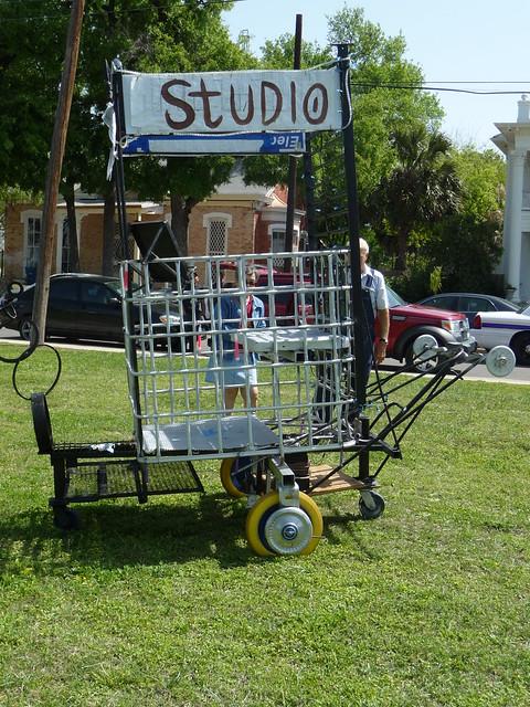2010 Dignowity Hill Push Cart Race Explore Sophia
