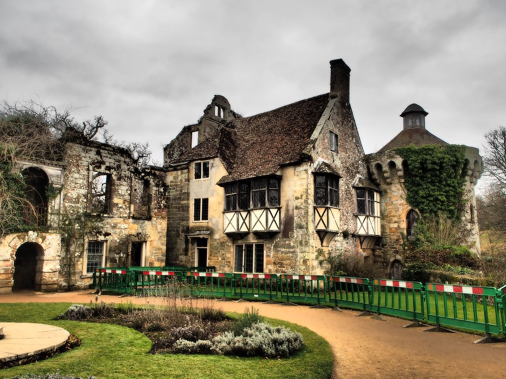 Hotels Near Wadhurst Castle