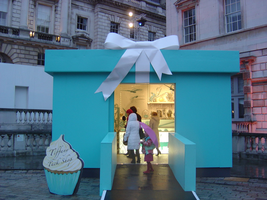 Tiffany Tuck Shop Blue Box Pop up store London