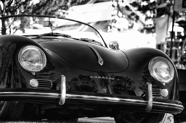 Grand old Porsche on the Hill_BW