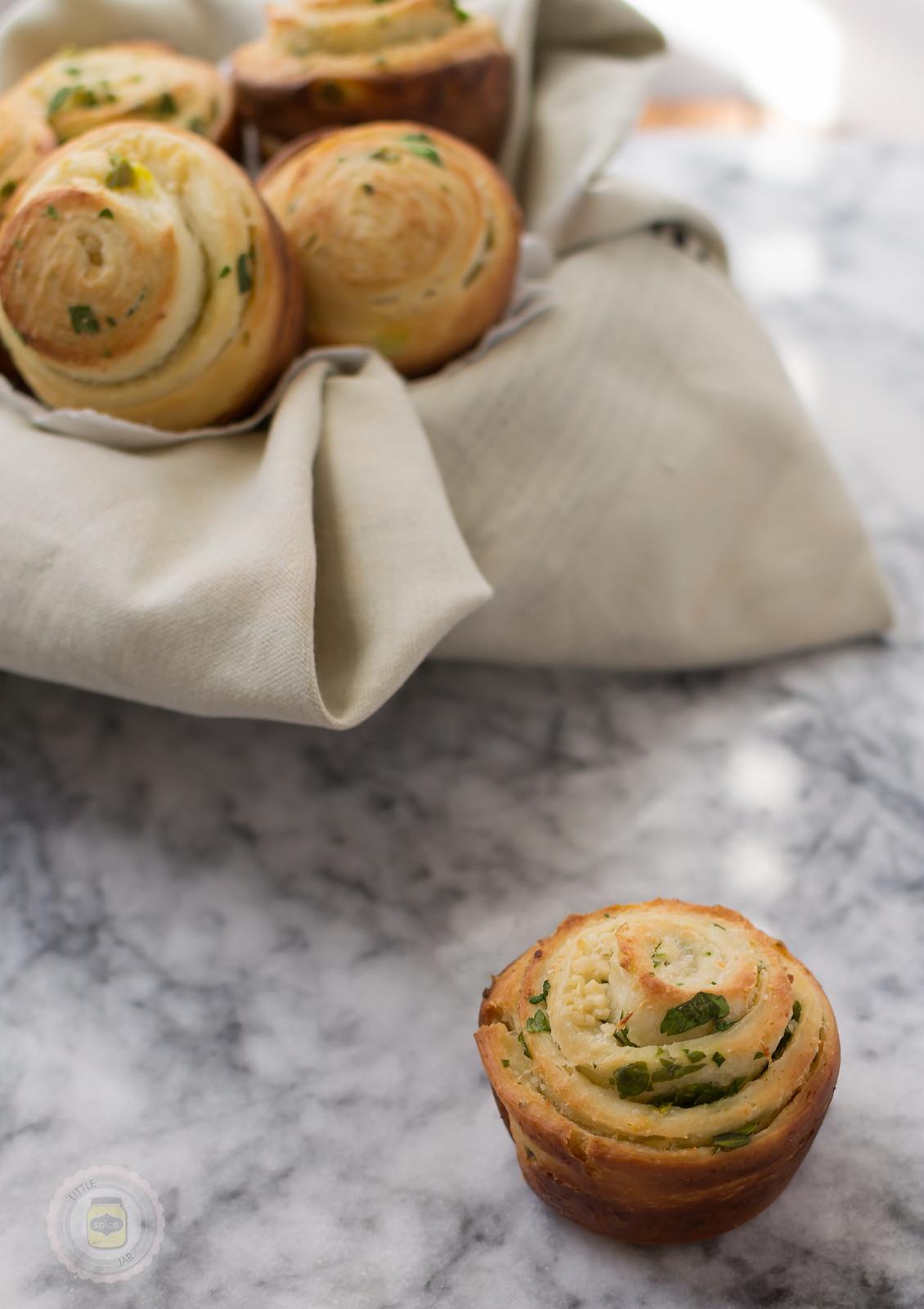 Jalapeno Parmesan Mini Swirl Bread Dough Baked 4