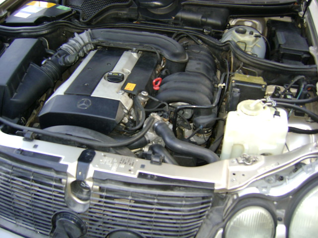 1996 mercedes e320 engine 6 cyl inline 3 2 flickr for Mercedes benz e320 engine
