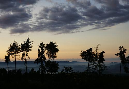 sunrise rwanda kinigi virunganationalpark bradfordduplisea duplisea tgam:photodesk=sky2012 dailyrayofhope2013 tgam:photodesk=sunsetrise2013