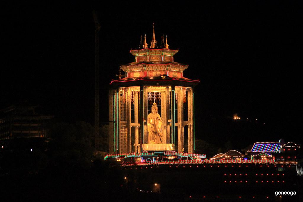 Statue of Kuan Yin, Kek Lok Si Temple