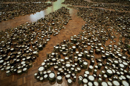 <p>Yuan installation at the University of Hawaii at Manoa Art Gallery.</p>