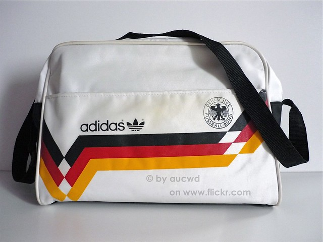01019774a6 ... 80`S VINTAGE ADIDAS DFB WORLD CUP 1990 SPORT BAG
