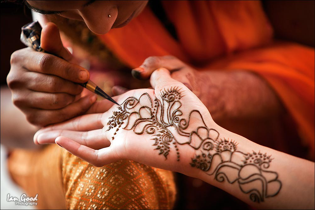 Mehndi Hands Dps : Mehndi traditional henna art photos «twistedsifter