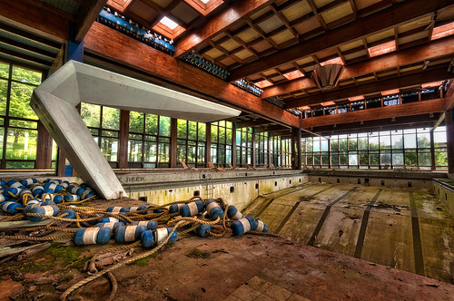 new york old walter urban ny abandoned pool swimming liberty photography belt high nikon dynamic decay board arnold sigma indoor diving upstate historic resort abandon jewish catskills exploration borscht range hdr bouys decayed decaying hdri urbex grossingers