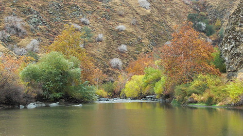 road fall colors river canyon kern