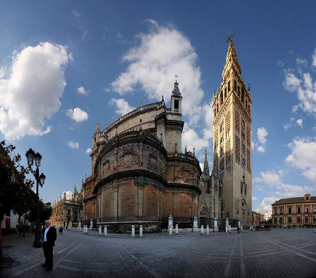 Catedral of Sevilla and Torre de la Giralda, Sevilla, Spain  Flickr - Photo ...