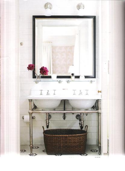 Pics for elle decor bathrooms for Elle decor bathroom ideas