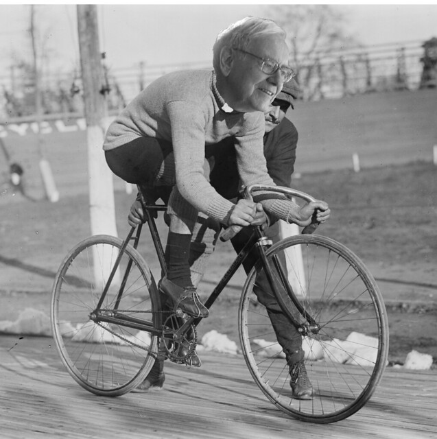 Buffett on a bike