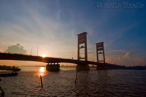 indonesia geotagged nikkor palembang sumatera teeje d5000 amperabridge geo:lat=299102 geo:lon=104762084