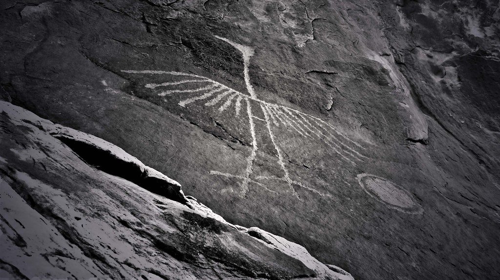 Big Crane Petroglyph on Comb Ridge by Red Dirt Dawg