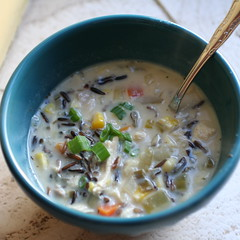 cream of mushroom soup(0.0), produce(0.0), meal(1.0), vegetable(1.0), corn chowder(1.0), clam chowder(1.0), food(1.0), dish(1.0), soup(1.0), cuisine(1.0),