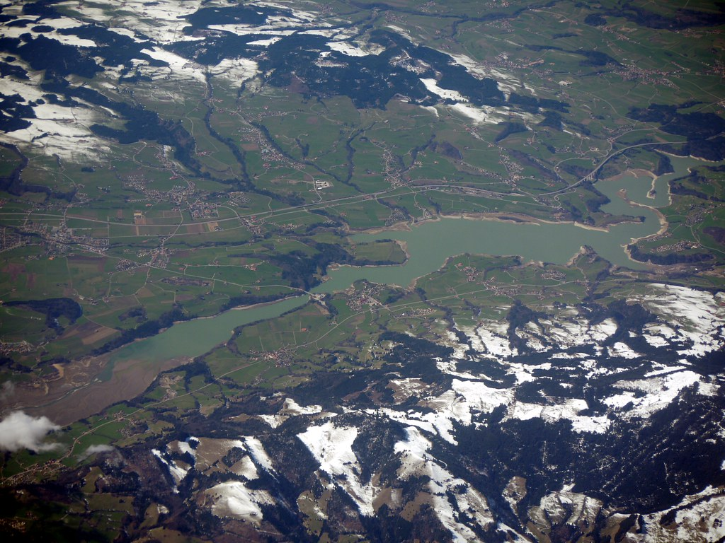 related image - Lac de la Gruyère