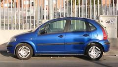 automobile(1.0), automotive exterior(1.0), wheel(1.0), supermini(1.0), vehicle(1.0), subcompact car(1.0), city car(1.0), compact car(1.0), land vehicle(1.0), citroã«n c3(1.0),
