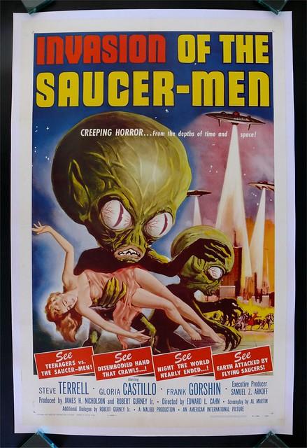 invasionofsaucermen_poster