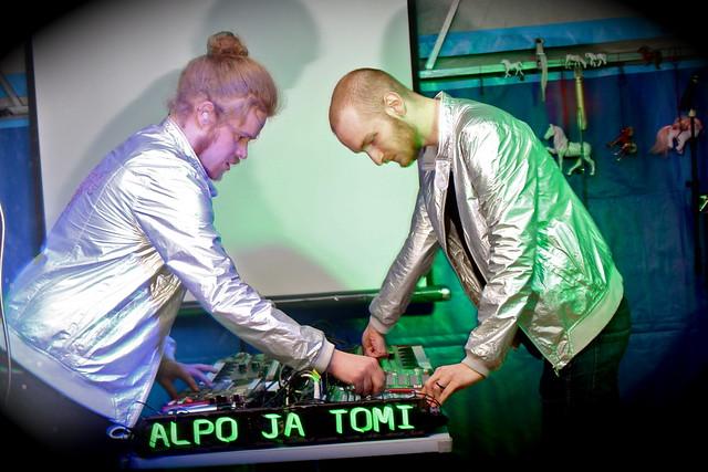 Alpo ja Tomi